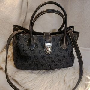 Authentic grey Dooney & Bourke purse handbag